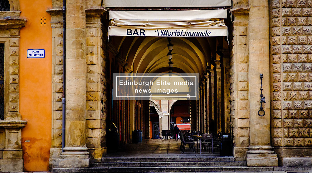 A bar in the Piazza del Nettuno, Bologna, Italy<br /> <br /> (c) Andrew Wilson | Edinburgh Elite media