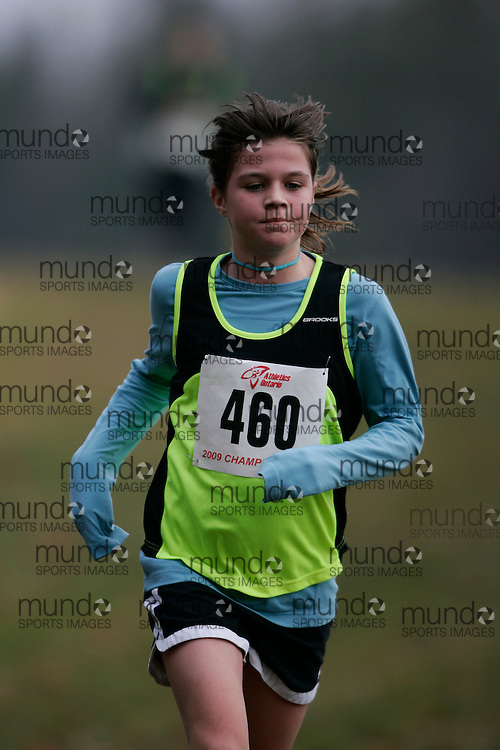 King City, Ontario ---09-11-15--- Eryn Roberts of the Newmarket Huskies competes at the Athletics Ontario Cross Country Championships in King City, Ontario, November 16, 2009..GEOFF ROBINS Mundo Sport Images