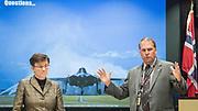 Fort Worth, Texas, USA, 20150921: Omvisning på Lockheed Martins flyfabrikk i Fort Worth der Norges nye F 35 jagerfly blir ferdigmontert. Med på omvisningen var forsvarsminister Ine Marie Eriksen Søreide og forsvarsjef Haakon Bruun- Hansen, samt representanter for norske bedrifter som er involvert i det nye jagerflyet. Foto: Ørjan F. Ellingvåg