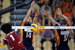 08-07-2010 VOLLEYBAL: WLV NEDERLAND - ZUID KOREA: EINDHOVEN<br /> Nederland verslaat Zuid Korea met 3-0 / Niels Klapwijk en Rob Bontje<br /> ©2010-WWW.FOTOHOOGENDOORN.NL