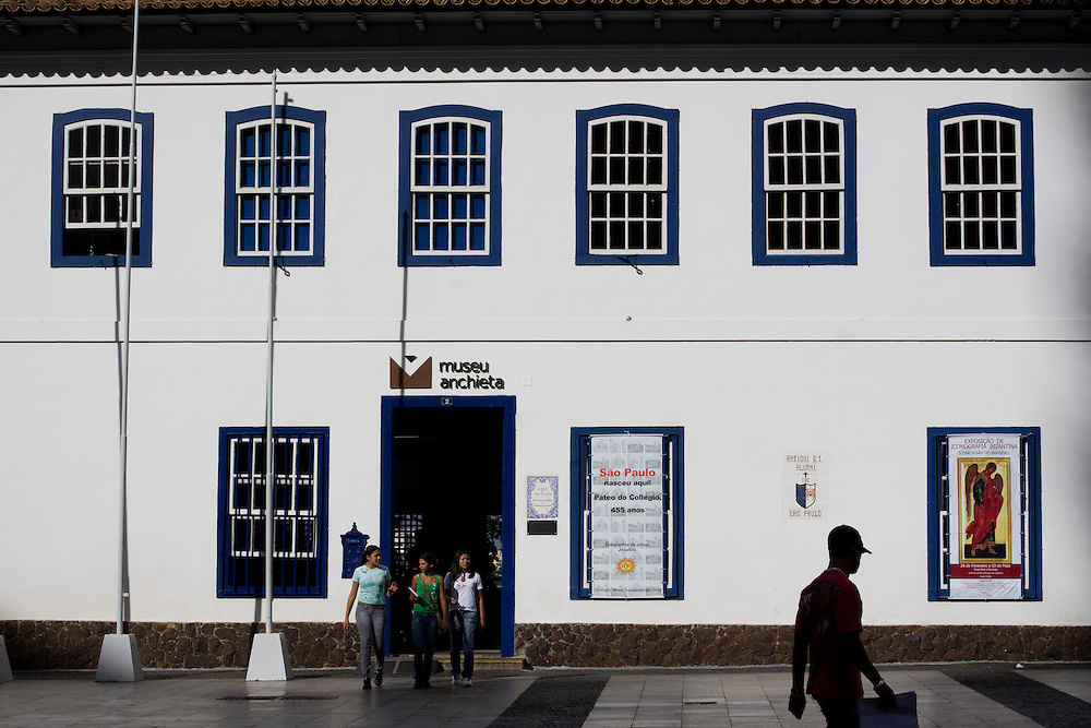 Sao Paulo_SP, Brasil...Patio do Colegio, local da fundacao da cidade em 1554. Hoje abriga o Museu Padre Anchieta... Pateo do Colegio, place of the foundation of the city of Sao Paulo in 1554. Today it is known as Padre Anchieta Museum...Foto: MARCUS DESIMONI / NITRO