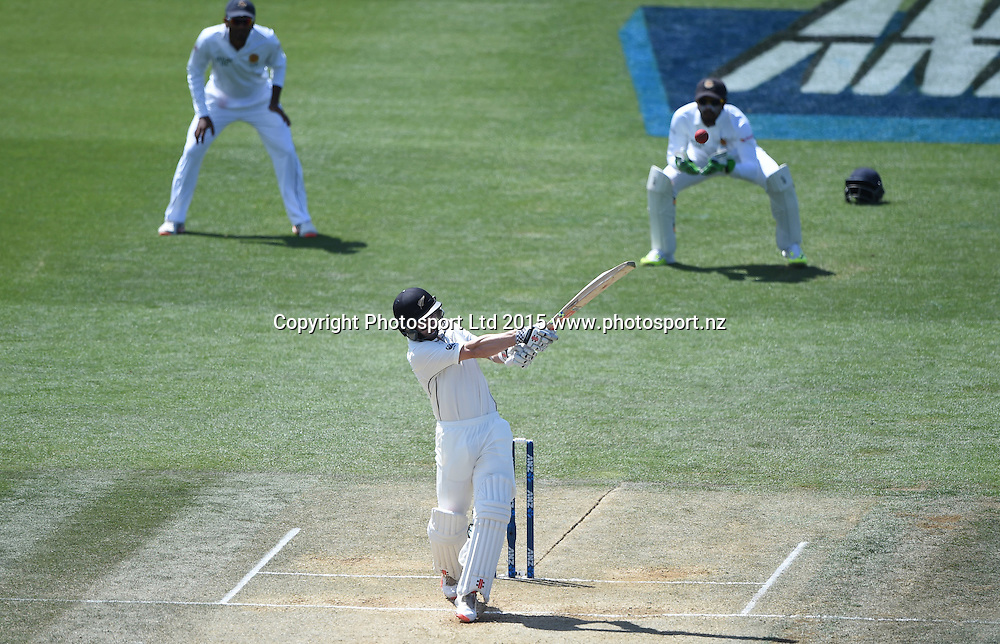 Kane Williamson batting on day 4 of the 2nd cricket test match between New Zealand Black Caps and Sri Lanka at Seddon Park in Hamilton, New Zealand. Monday 21 December 2015. Copyright photo: Andrew Cornaga / www.photosport.nz