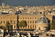 16 octobre 2012 : Vue des toits de Paris depuis le clocher de l'&eacute;glise Saint-Germain-des-Pr&eacute;s. Paris (75), FRANCE.<br /> October 16, 2012 : Paris rooftops from the steeple of the church of Saint -Germain -des -Pr&eacute;s . Paris, France.