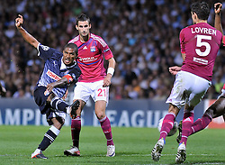 27.09.2011, Stade de Gerland, Lyon, FRA, UEFA CL, Gruppe D, Olympique Lyon (FRA) vs Dinamo Zagreb (CRO), im Bild Jorge Sammir Cruz Campos(10), Maxime Gonalons(21) // during the UEFA Champions League game, group D, Olympique Lyon (FRA) vs Dinamo Zagreb (CRO) at de Gerland stadium in Lyon, France on 2011/09/27. EXPA Pictures © 2011, PhotoCredit: EXPA/ nph/ Pixsell +++++ ATTENTION - OUT OF GERMANY/(GER), CROATIA/(CRO), BELGIAN/(BEL) +++++