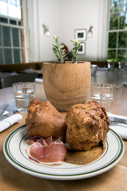 Photo by Mara Lavitt<br /> Westport, CT<br /> May 24, 2017<br /> Jesup Hall restaurant. Popovers.
