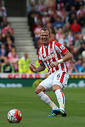 Stoke City midfielder Glenn Whelan during the Barclays Premier League match between Stoke City and West Bromwich Albion at the Britannia Stadium, Stoke-on-Trent, England on 29 August 2015. Photo by Aaron Lupton.