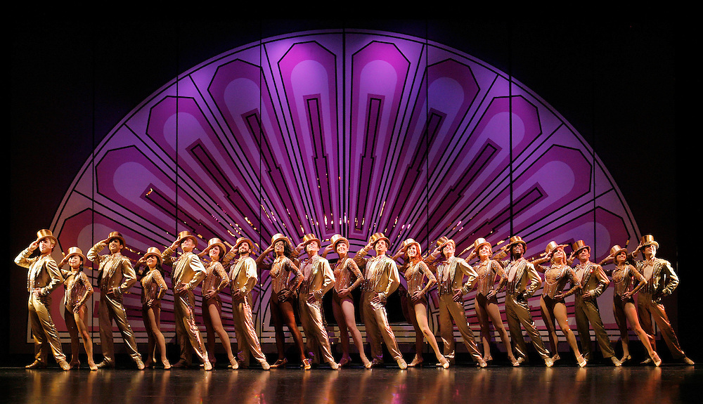 A Chorus Line.Set-ups.8/24/06 .Credit Photo: ©Paul Kolnik.NYC.212.362.7778.studio@paulkolnik.com