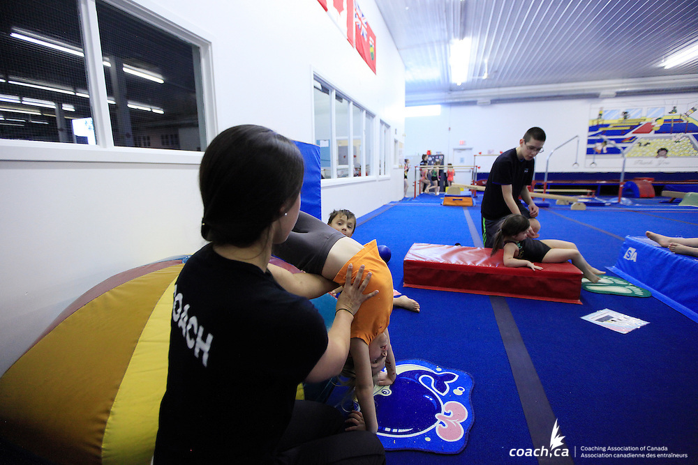 Coaches/Entra&icirc;neurs: Amanda Green, Kyle Anderson<br /> Photo: http://www.andreforget.com