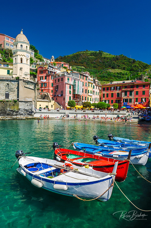 Colorful fishing boats and beach at Vernazza, Cinque Terre, Liguria, Italy