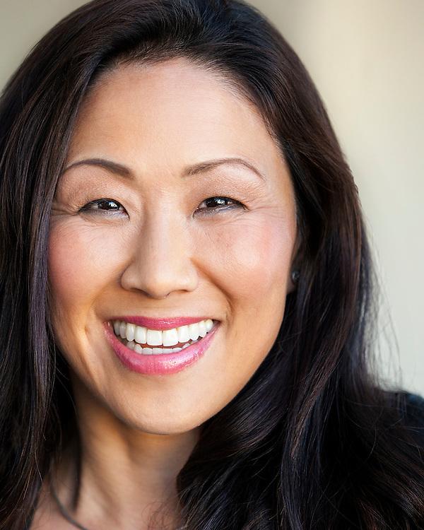 Professional Personal Branding pictures, Environmental portrait, San Francisco, Photographer Kelly Vorves. Hair and Makeup, Liz Fanlo