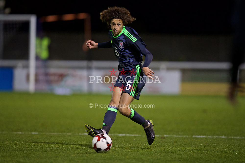 BANGOR, WALES - Tuesday, November 15, 2016: Wales' Ethan Ampadu in action against Luxembourg during the UEFA European Under-19 Championship Qualifying Round Group 6 match at the Nantporth Stadium. (Pic by David Rawcliffe/Propaganda)