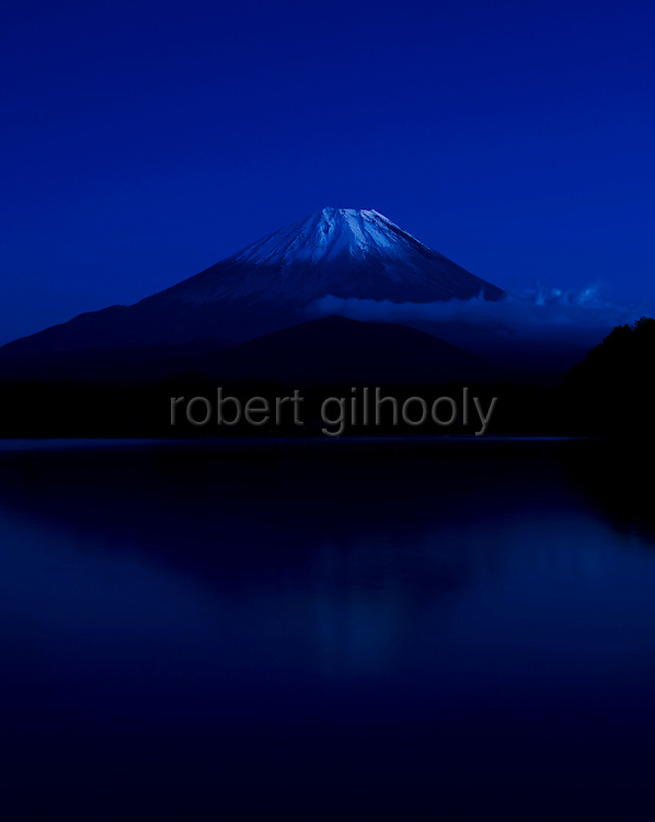 Photo shows Mt Fuji viewed from near Lake Shoji in Fujikawaguchiko Town City, Yamanashi Prefecture Japan.  Photographer: Robert Gilhooly