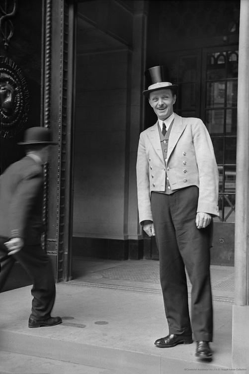Bank of England, Gatekeepers, London, 1937