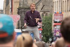Juggler entertaining the crowds, Edinburgh, 6 August 2019