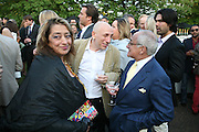 ZAHA HADID, BRIAN CLARKE AND VIDAL SASSOON, The Summer Party in association with Swarovski. Co-Chairs: Zaha Hadid and Dennis Hopper, Serpentine Gallery. London. 11 July 2007. <br />
