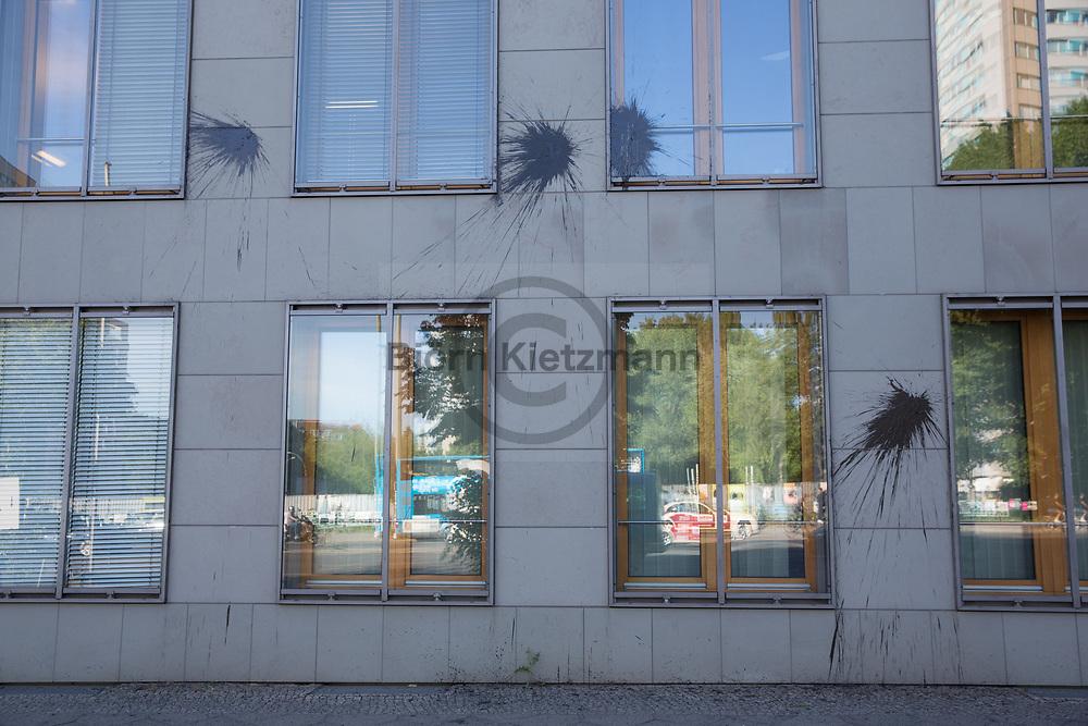 Berlin, Germany - 01.06.2017<br /> <br /> Attack with stones and paint bottles on the House of German Industry in Berlin, the headquarter of the German Employers&rsquo; Association (BDA), the Confederation of German Industry (BDI) and German Federation of Chambers of Commerce (DIHK). The attack could be part of the Berlin Anti-G20 action days, which take place at the beginning of June.<br /> <br /> Attacke auf das Haus der Deutschen Wirtschaft in Berlin, dem Sitz der des BDA, dem BDI und dem DIHK. Unbekannte bewarfen das Gebaeude mit Steinen und Farbflaschen. Die Attacke koennte mit den Anti-G20 Aktionstagen in Verbindung stehen, welche anfang Juni in Berlin stattfinden.<br /> <br /> Photo: Bjoern Kietzmann