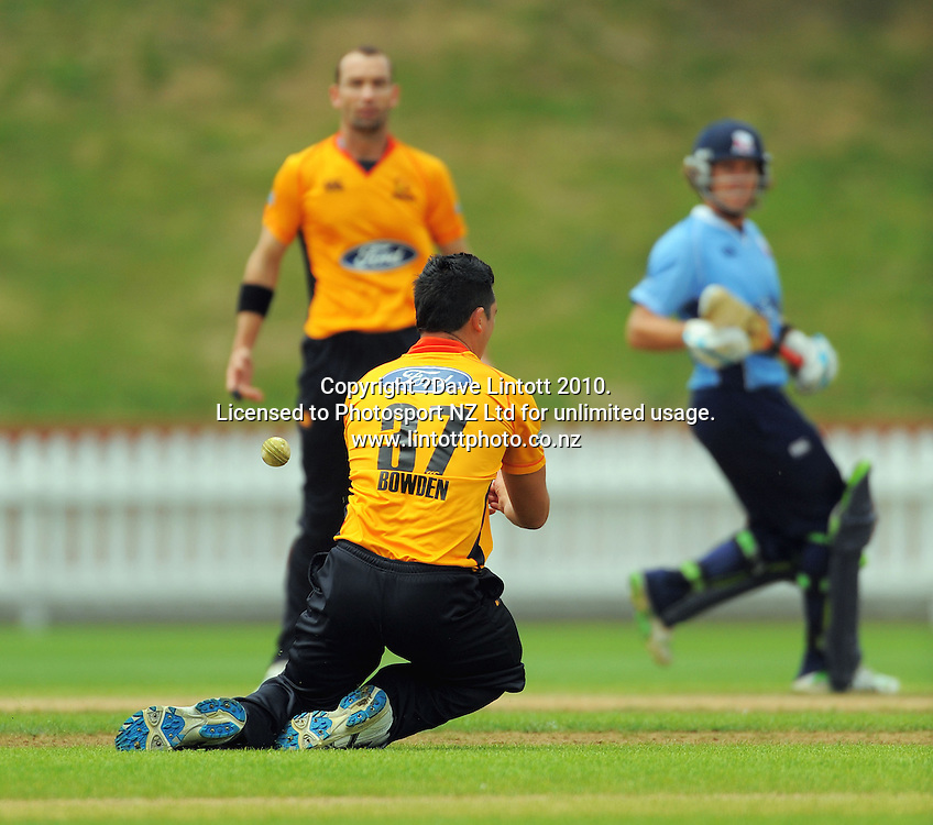 Wellington's Dewayne Bowden drops Lou Vincent as bowler Andy McKay and Vincent look on. One Day cricket - Wellington Firebirds v Auckland Aces at Allied Nationwide Finance Basin Reserve, Wellington on Wednesday, 2 February 2011. Photo: Dave Lintott / photosport.co.nz
