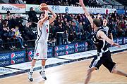 DESCRIZIONE : Caserta Lega A 2011-12 Pepsi Caserta Canadian Solar Virtus Bologna<br /> GIOCATORE : Giuliano Maresca<br /> SQUADRA : Pepsi Caserta<br /> EVENTO : Campionato Lega A 2011-2012<br /> GARA : Pepsi Caserta Canadian Solar Virtus Bologna<br /> DATA : 30/12/2011<br /> CATEGORIA : tiro three point shot<br /> SPORT : Pallacanestro<br /> AUTORE : Agenzia Ciamillo-Castoria/A.De Lise<br /> Galleria : Lega Basket A 2011-2012<br /> Fotonotizia : Caserta Lega A 2011-12 Pepsi Caserta Canadian Solar Virtus Bologna<br /> Predefinita :