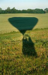 GERMANY SCHLESWIG-HOLSTEIN KIEL 9JUN02 - The moment of take-off after sunrise...jre/Photo by Jiri Rezac..© Jiri Rezac 2002..Contact: +44 (0) 7050 110 417..Mobile:  +44 (0) 7801 337 683.Office:  +44 (0) 20 8968 9635..Email:   jiri@jirirezac.com.Web:     www.jirirezac.com