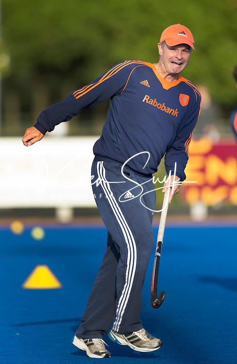 Arnhem - Assistent coach Taco van den Honert , bij het Nederlands team hockey mannen. COPYRIGHT KOEN SUYK