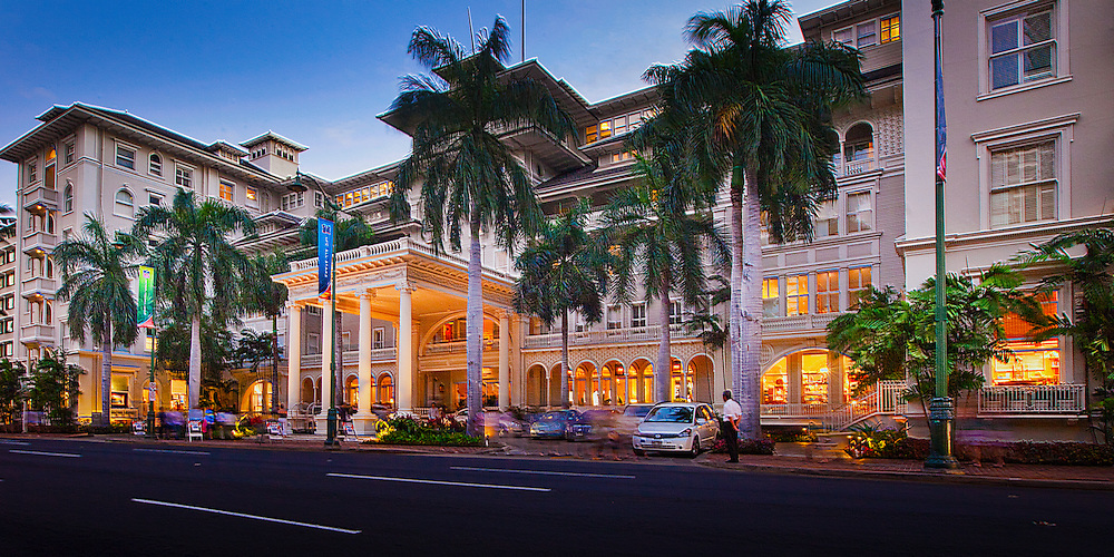 Moana Hotel, Waikiki, Hawaii at dusk