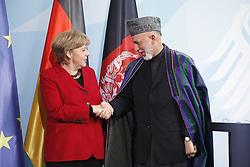 Bildnummer: 57994135..Afghanistan President Hamid Karzai with Chancellor Angela Merkel CDU hold a press conference in Federal Chancellery in Berlin, Wednesday May 16, 2012. Photo By imago/I-Images