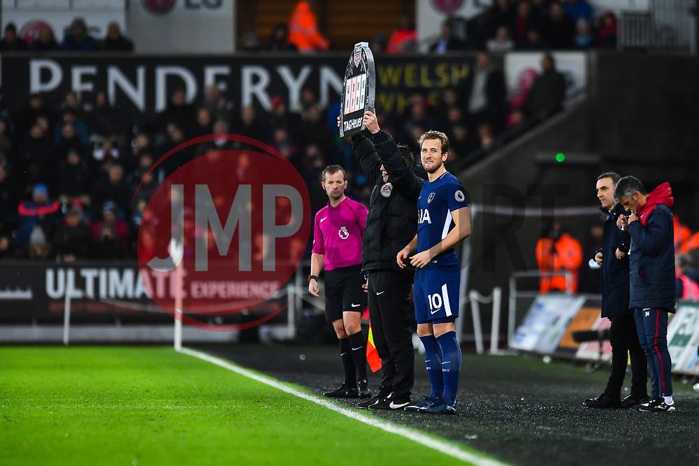 Harry Kane of Tottenham Hotspur gets ready to come on - Mandatory by-line: Craig Thomas/JMP - 02/01/2018 - FOOTBALL - Liberty Stadium - Swansea, England - Swansea City v Tottenham Hotspur - Premier League