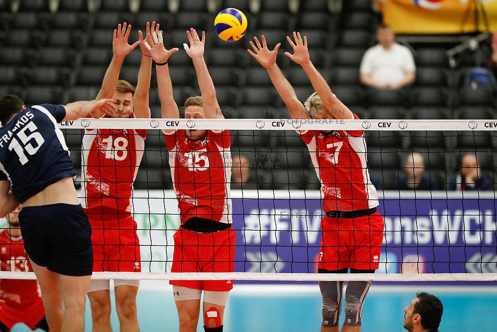 20170524 NED: 2018 FIVB Volleyball World Championship qualification, Koog aan de Zaan<br />Paul Buchegger (18) of Austria, Nicolai Grabmuller (15) of Austria, Lorenz Koraimann (7) of Austria<br />©2017-FotoHoogendoorn.nl / Pim Waslander