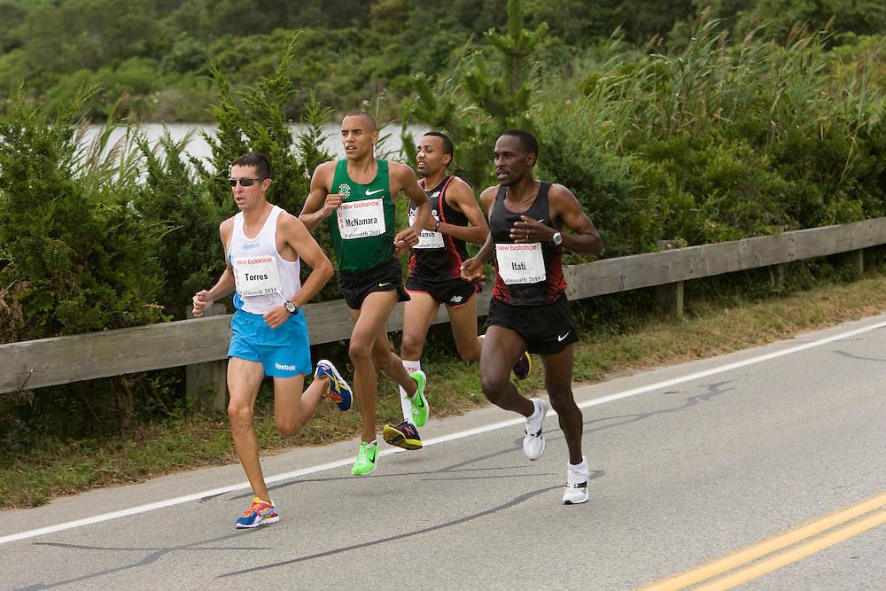 3rd pack at mile 3, Jorge Torres,