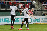 ALKMAAR - 27-08-15, Europa League,  2e voorronde,  AZ  - Astra GiurGiu, AFAS Stadion, AZ speler Jop van der Linden (r) scoort hier de 1-0, doelpunt.
