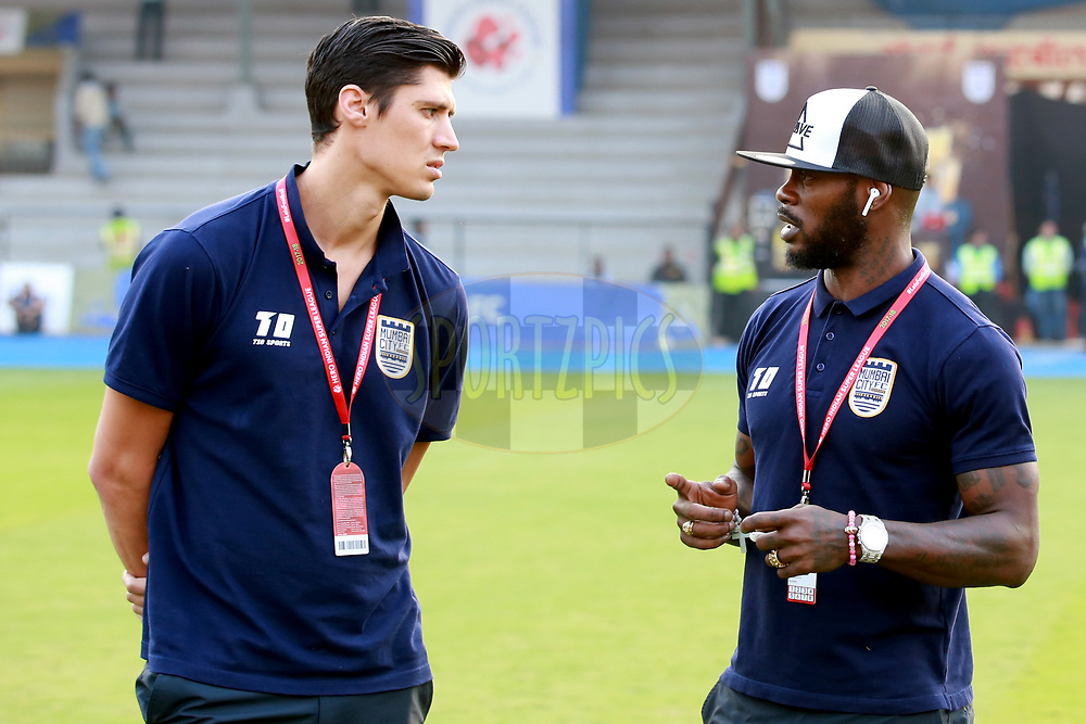 Mumbai City FC  players arrive before the match 61 of the Hero Indian Super League between Mumbai City FC and Jamshedpur FC held at the Mumbai Football Arena, Mumbai India on the 1st Feb  2018<br /> <br /> Photo by: Faheem Hussain / ISL / SPORTZPICS