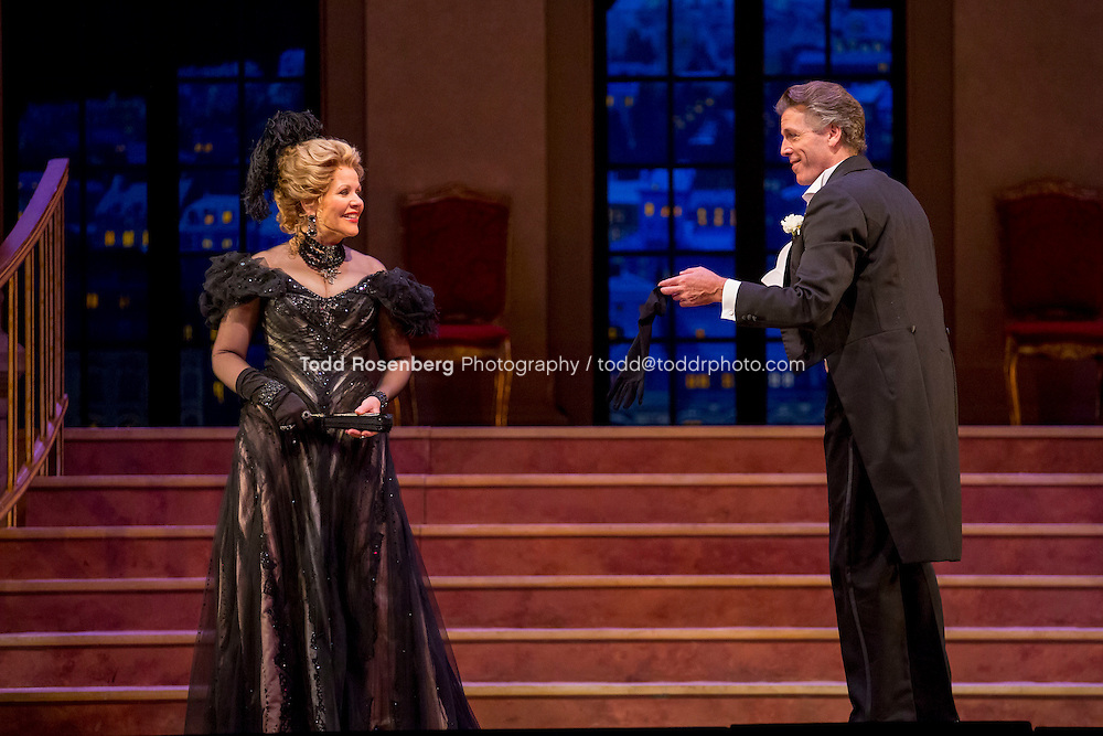 11/11/15 1:33:26 PM -- <br /> The Lyric Opera of Chicago Presents<br /> &quot;The Merry Widow&quot;<br /> Renee Fleming<br /> <br /> &copy; Todd Rosenberg Photography 2015