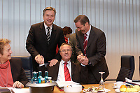 10 NOV 2003, BERLIN/GERMANY:<br /> Klaus Wowereit (L), SPD, Reg. Buergermeister Berlin, Hans Eichel (M), SPD, Bundesfinanzminister, Matthias Platzeck (R), Ministerpraesident Brandenburg, schuetteln sich die Haende, vor Beginn einer Sitzung des SPD Praesidiums, Willy-Brandt-Haus<br /> IMAGE: 20031110-01-006<br /> KEYWORDS: Präsidium, Spass,