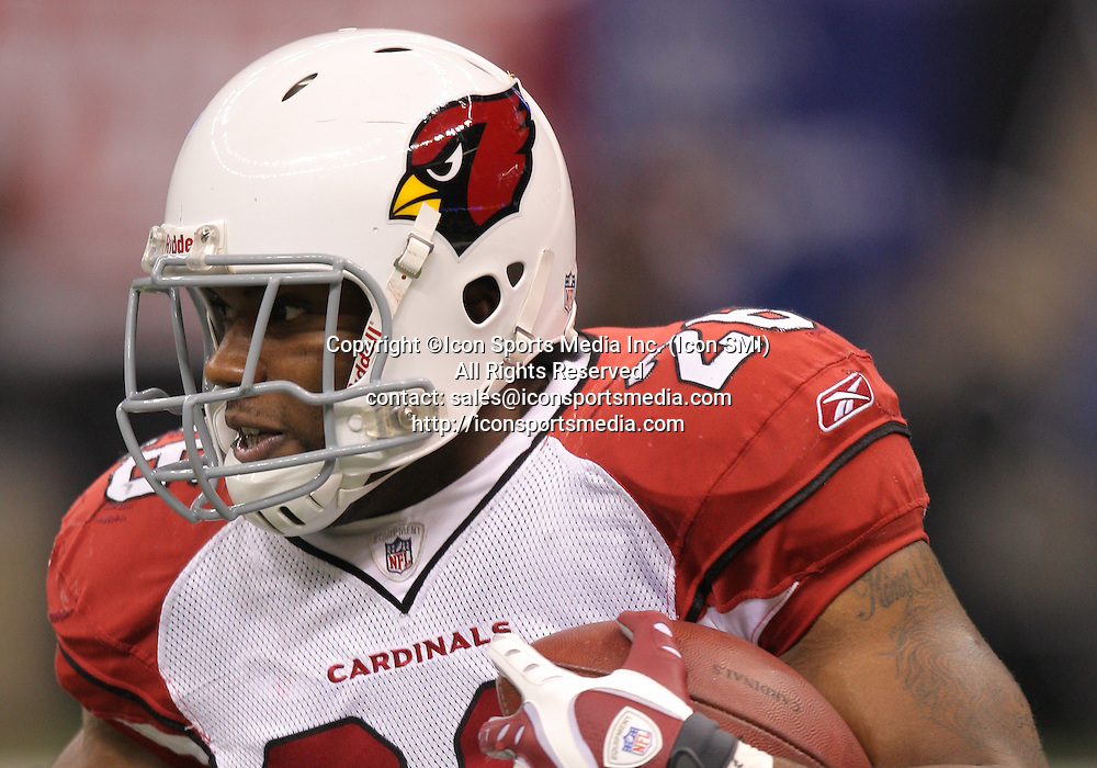 16 January 2010: Arizona Cardinals running back Beanie Wells (26) runs with the ball during a 45-14 win by the New Orleans Saints over the Arizona Cardinals in a 2010 NFC Divisional Playoff game at the Louisiana Superdome in New Orleans, Louisiana.