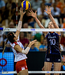 11-08-2018 NED: Rabobank Super Series Netherlands - Turkey, Eindhoven<br /> Netherlands in the final against Russia. The Dutch win the semi final in straight sets 3-0 / Lonneke Sloetjes #10 of Netherlands