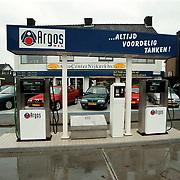 Autocentrum Nijkerk Voorstraat ext. met benzinepompen