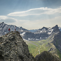 Vengetind and Romsdalshorn