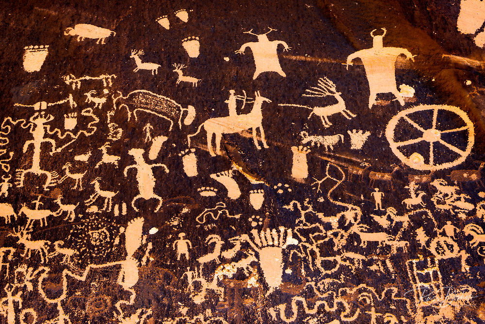 Petroglyphs at Newspaper Rock State Park, Utah