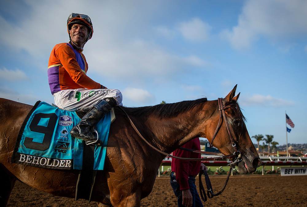 August 22, 2015: Beholder with Gary Stevens aboard wins the TVG Pacific Classic at Del Mar Race Course, Del Mar CA. Alex Evers/ESW/CSM