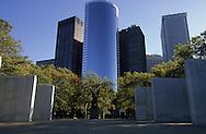 = east coast memorial in battery park  in lower manhattan  area. New york - United states  Manhattan  /// east coast memorial a  bowling green New york - Etats unis +