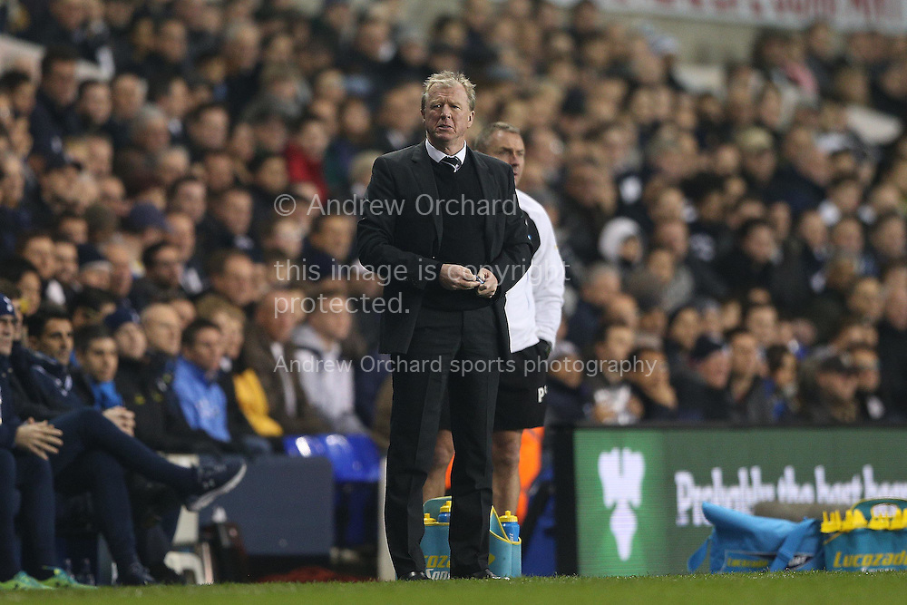 Steve McClaren, the Newcastle United looks on from the touchline. Barclays Premier league match, Tottenham Hotspur v Newcastle Utd at White Hart Lane in London on Sunday 13th December 2015.<br /> pic by John Patrick Fletcher, Andrew Orchard sports photography.