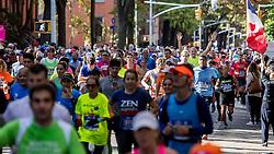 06-11-2016 USA: NYC Marathon We Run 2 Change Diabetes day 3, New York<br /> De dag van de marathon, 42 km en 195 meter door de straten van Staten Island, Brooklyn, Queens, The Bronx en Manhattan / Jeroen
