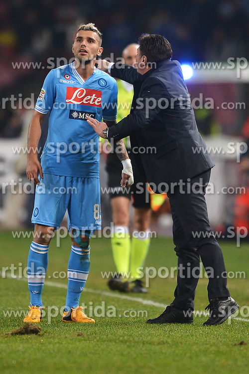 06.01.2013, Stadio San Paolo, Neapel, ITA, Serie A, SSC Neapel vs AS Rom, 19. Runde, im Bild Valon Behrami e Walter Mazzarri Napoli // during the Italian Serie A 19th round match between SSC Neapel and AS Roma at the San Paolo Stadium, Naples, Italy on 2013/01/06. EXPA Pictures © 2013, PhotoCredit: EXPA/ Insidefoto/ Andrea Staccioli..***** ATTENTION - for AUT, SLO, CRO, SRB, BIH and SWE only *****
