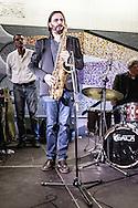 Roma, Lazio, Italia, 31/05/2016<br /> Concerto jazz di Geg&egrave; Telesforo e Max Ionata all'interno della stazione Metro Repubblica. E' il primo vero concerto all'interno della metropolitana di Roma. L'evento fa parte del progetto Tramjazz. Nella foto Max Ionata<br /> <br /> Rome, Lazio, Italy, 31/05/2016<br /> Jazz concert of Geg&egrave; Telesforo e Maz Ionata into the Repubblica metro station. It's the first real concert organized into the metro of Rome. The event is part of the Tramjazz project. Into the picture Max Ionata