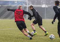 13.01.2020, Waldstadion, Pasching, AUT, 1. FBL, Trainingsauftakt, LASK, im Bild v.l. Thomas Goiginger (LASK), Dominik Frieser (LASK) // during a Trainingssession of Austrian tipico Bundesliga Club LASK at the Waldstadion in Pasching, Austria on 2020/01/13. EXPA Pictures © 2020, PhotoCredit: EXPA/ Reinhard Eisenbauer