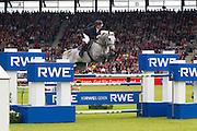 Nick Skelton - Carlo<br /> World Equestrian Festival, CHIO Aachen 2012<br /> © DigiShots