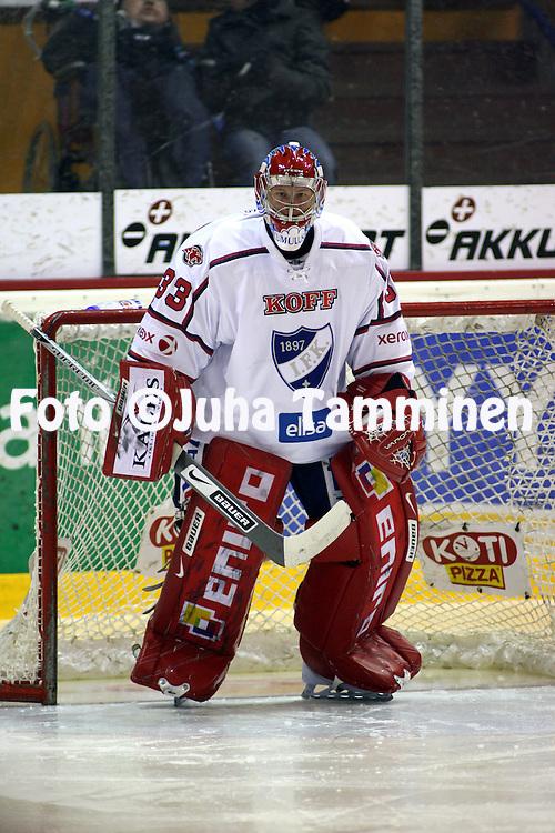 23.09.2008, Isom?en halli, Pori..J??kiekon SM-liiga 2008-09..?ss?t - HIFK.Aleksis Ahlqvist - HIFK.©Juha Tamminen.....ARK:k