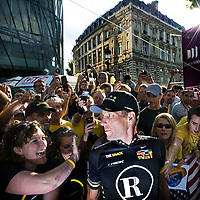 France, Paris, 25-07-2010.<br /> Cycling, Tour de France.<br /> Lance Armstrong between his fans after the finish of the Tour de France on the Champs Elys&eacute;es in Paris. It was the last performance of the american cyclist in the Tour de France.<br /> Photo : Klaas Jan van der Weij
