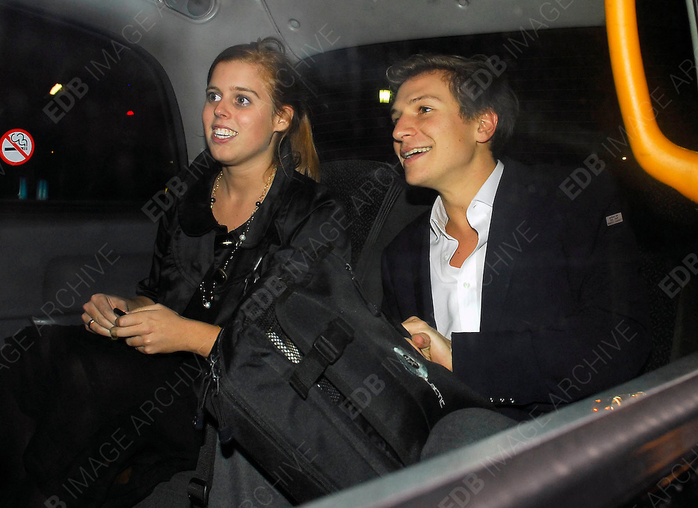 11.OCTOBER.2007. LONDON<br /> <br /> **EXCLUSIVE PICTURES**<br /> <br /> PRINCESS BEATRICE AND DAVE CLARK WALKING THROUGH PICADILLY BEFORE GETTING IN A CAB.<br /> <br /> BYLINE: EDBIMAGEARCHIVE.CO.UK<br /> <br /> *THIS IMAGE IS STRICTLY FOR UK NEWSPAPERS AND MAGAZINES ONLY*<br /> *FOR WORLD WIDE SALES AND WEB USE PLEASE CONTACT EDBIMAGEARCHIVE - 0208 954 5968*