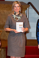 30-3-2016 AMSTERDAM - Queen Maxima is Wednesday, March 30th, 2016 attended the symposium &quot;Music Education we do together 'at the Amsterdam Conservatory. During the symposium, the central question is how the class teacher and the teacher of music can combine to good music education in primary school. COPYRIGHT ROBIN UTRECHT<br /> 30-3-2016 AMSTERDAM - Koningin Maxima is woensdag 30 maart 2016 aanwezig bij het symposium 'Muziekeducatie doen we samen' in het Conservatorium van Amsterdam. Tijdens het symposium staat de vraag centraal hoe de groepsleerkracht en de vakdocent muziek samen kunnen zorgen voor goed muziekonderwijs op de basisschool. COPYRIGHT ROBIN UTRECHT